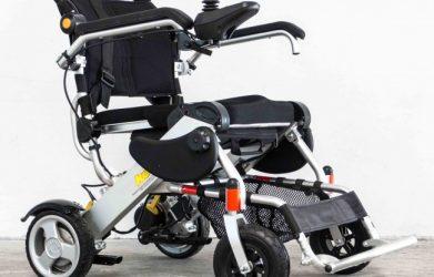 Motoriser son fauteuil roulant manuel, c'est aujourd'hui possible !
