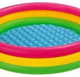 A la découverte d'une piscine gonflable à boudins
