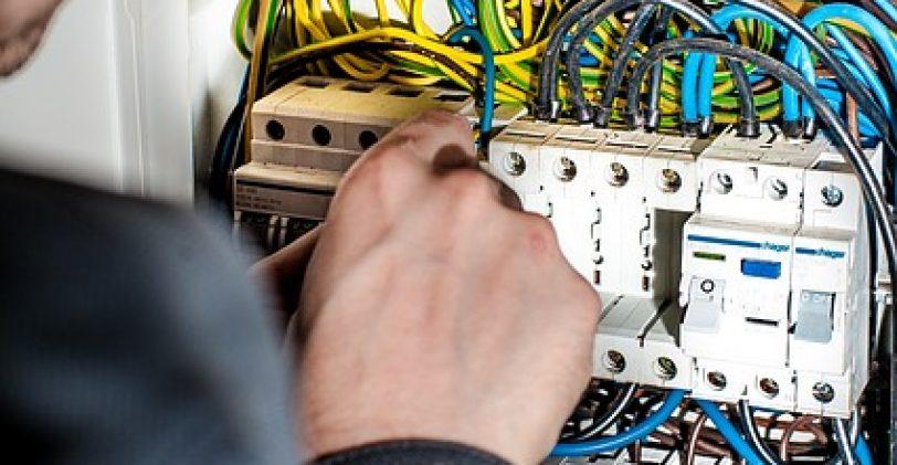 Bien choisir votre dépanneur électrique
