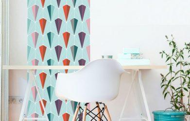 L'attrait du papier peint adhésif pour décorer les murs